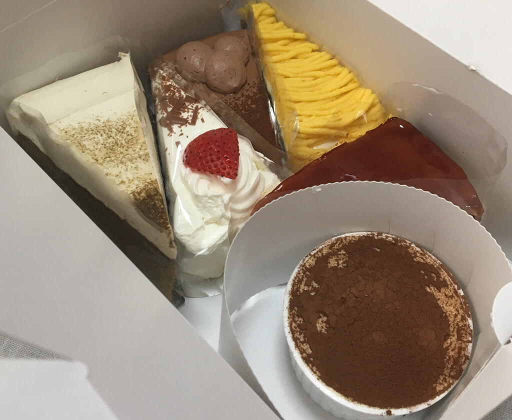 特招会ケーキ