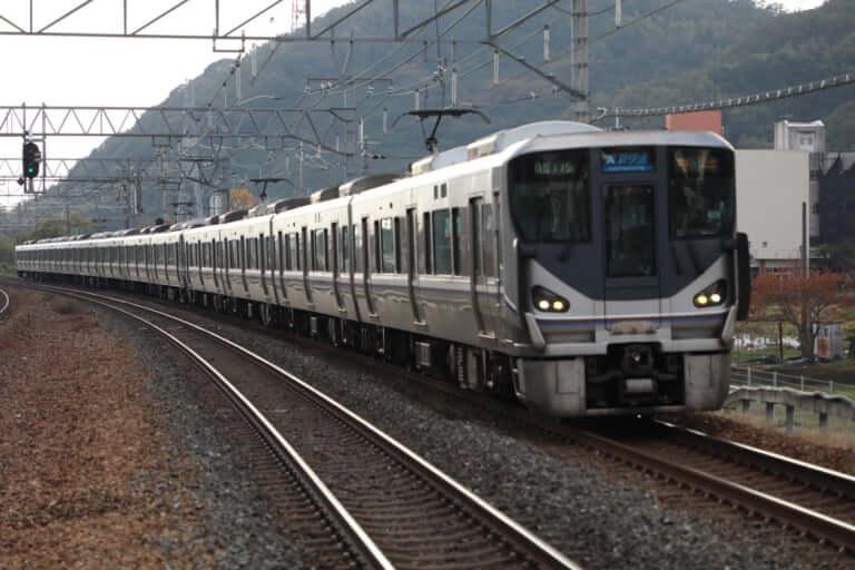 【草津市】14日朝、JR南草津駅で人身事故が発生、男性が列車にはねられ亡くなられた模様です
